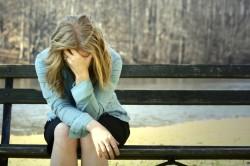 Депрессия - симптом гормонального сбоя
