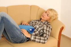 Боль внизу живота - симптом инфекции